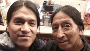 2 Jahre nicht gesehen! Leo Rojas triftt seinen Vater wieder