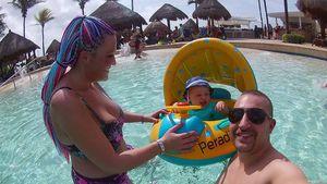 Nadine Zuckers Mann & Sohn mussten im Urlaub ins Krankenhaus