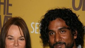 Lost: Naveen Andrews wieder Single!