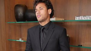 Schlammschlacht: Neymar wird auf 8,5 Mio. verklagt!