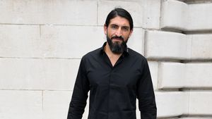 "Deutscher Action-Star Numan Acar feiert ""Homeland""-Comeback"