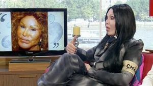 "Pete Burns in der TV Show ""This Morning"" im Jahr 2010"