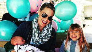 Pink mit Töchterchen Willow und Söhnchen Jameson Moon