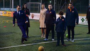 Prinz Daniel und Prinzessin Victoria zu Besuch bei einem Kinderprojekt vom AS Rom