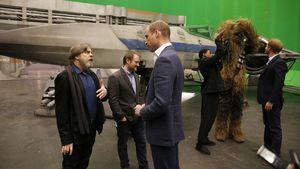 """Rausgeschnitten: William & Harry zu groß für """"Star Wars"""""""