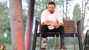 Kochverbot! Steffen Henssler mit Schiene beim Sommer-Special