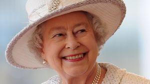 Süß: Seit 73 Jahren nimmt die Queen ihren Ehering nicht ab