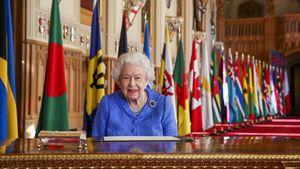 Für kranken Prinz Philip? Queen trägt Flitterwochen-Brosche