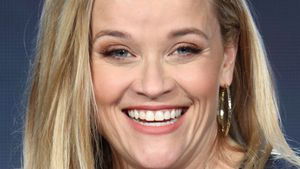 Witziger Post: Reese Witherspoon lacht über Baby-Gerücht