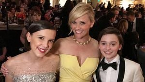 Reese Witherspoon mit Millie Bobby Brown & Noah Schnapp