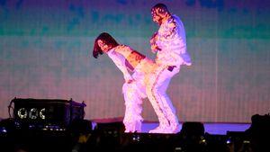 Rihanna tanzt Drake an