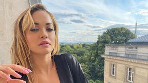 In sexy Dessous: Rita Ora posiert lasziv auf Pariser Balkon