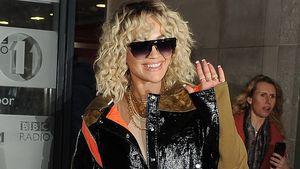 Wischmopp auf dem Kopf? Rita Ora in extravagantem Outfit!