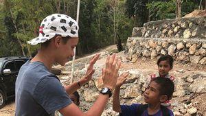 Wohltätige Beckhams: Ganze Familie hilft indonesischen Kids!