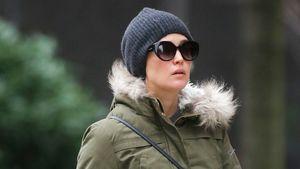 Riesen-Kugel: Schwangere Rose Byrne kämpft gegen den Frost