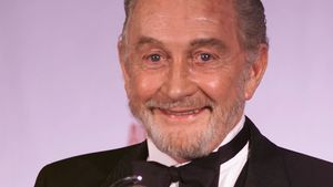 """Game of Thrones""-Star Roy Dotrice: Tod mit 94 Jahren!"