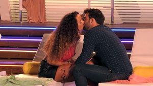 """""""Love Island""""-Samira sabbert Yasin beim Knutschen zu viel!"""