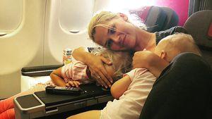 Tiefenentspannt: So relaxt reist Sara Kulka mit zwei Kids!