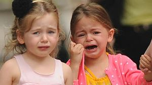 Heulkrampf: Was ist bloß mit den Zwillingen los?