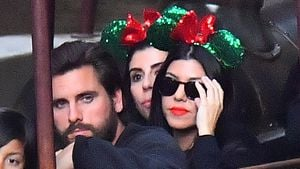 Scott Disick und Kourtney Kardashian im Disneyland