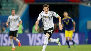 Mit blutiger Nase vom Platz: Wer ist WM-Star Sebastian Rudy?