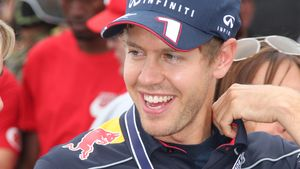 Vaterfreude: Vettel-Freundin ist schon im 9. Monat