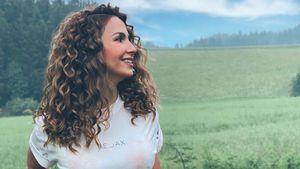 Mit hellen Locken: Sila Sahin erstrahlt in einem neuen Style