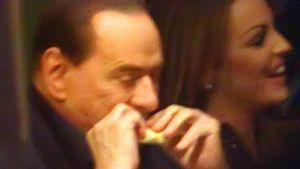 Geschieden! Silvio Berlusconi ist ein freier Mann