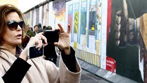 Teri Hatcher: Sightseeing und Currywurst in Berlin