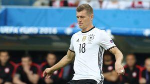 Toni Kroos beim Spiel Deutschland gegen Polen bei der EM 2016 in Frankreich