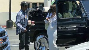 Enges Kleid: Kylie Jenner trifft in sexy Aufzug Ex Travis!