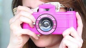 Auflösung: Die gesuchte Fotografin ist...