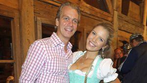 Werner Mürz und Victoria Swarovski im September 2015 auf der Wiesn in München