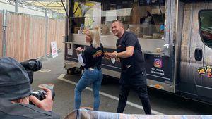 Starauflauf & Ordnungsamt: Willi Herren eröffnet Food-Truck