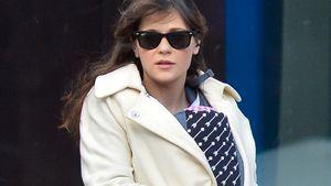 Erwischt: Hier trägt Zooey Deschanel ihre kleine Tochter