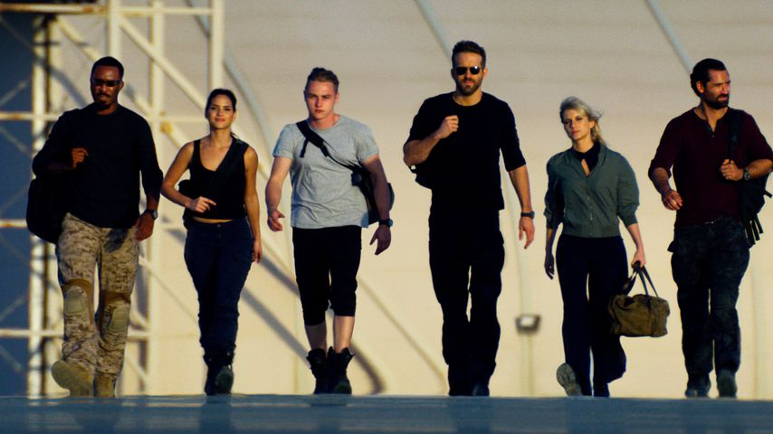"""""""6 Underground"""" mit Corey Hawkins, Adria Arjona, Ben Hardy, Ryan Reynolds, Mélanie Laurent und Manue"""