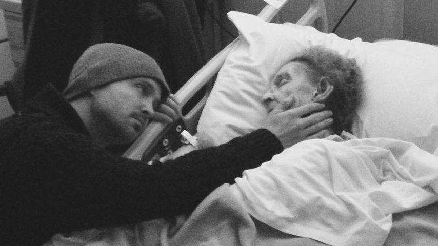 Zu Tränen gerührt: Aaron Paul über seine sterbende Omi
