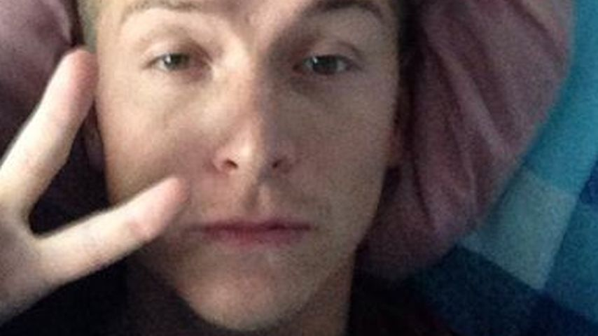 Bett-Selfie: Aaron Troschkes erste Nacht zu Hause