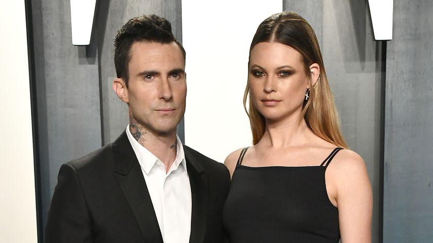 Adam Levine und seine Frau Behati Prinsloo im Februar 2020 in Beverly Hills
