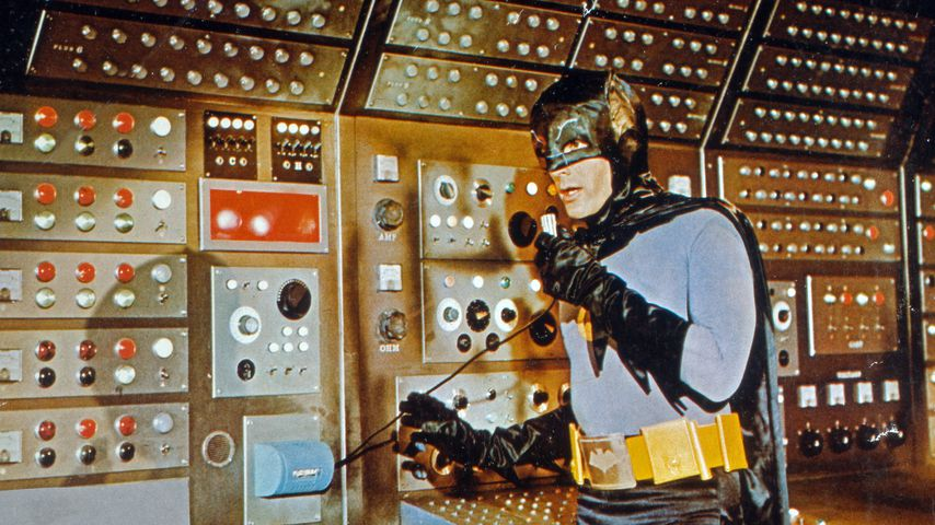 "Adam West in ""Batman hält die Welt in Atem"""
