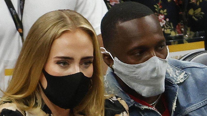 Im Inkognito-Schlabberlook: Adele mit Flirt Rich unterwegs