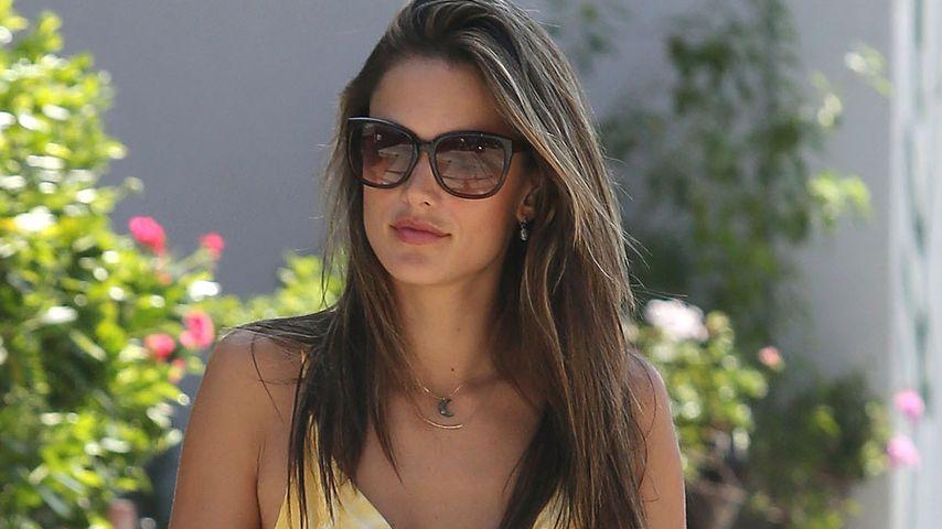 Alessandra Ambrosio: Maximaler Style im Maxi-Dress