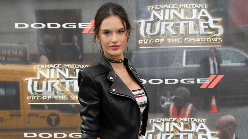 "Alessandra Ambrosio auf der ""Teenage Mutant Ninja Turtles: Out Of The Shadows"" in NYC"