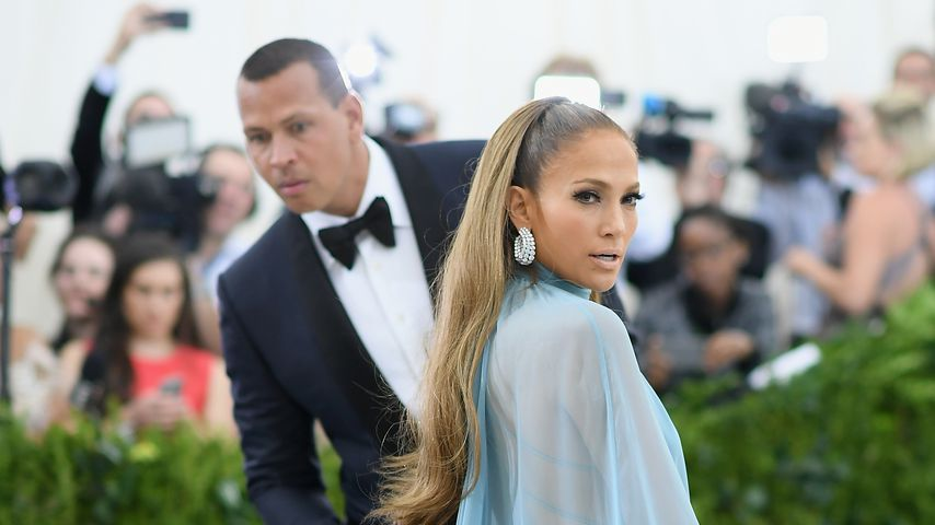 Alex Rodriguez und Jennifer Lopez auf der Art Of The In-Between Costume Institute Gala in New York