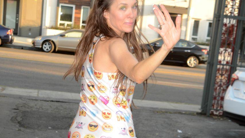 Vor lauter Pokémon-Go? Alicia Arden ohne Hose in Hollywood