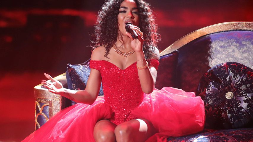 Alicia-Awa Beissert bei ihrem Auftritt im DSDS-Finale 2019