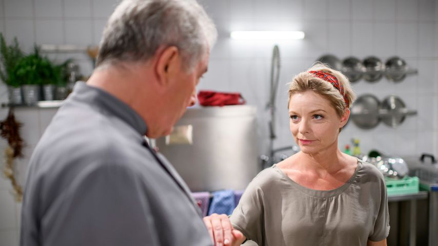 """André (Joachim Lätsch) und Linda (Julia Grimpe) bei """"Sturm der Liebe"""""""