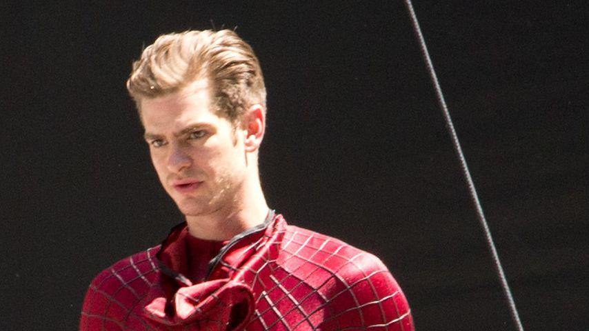 Das trägt Andrew Garfield als Spiderman DARUNTER!