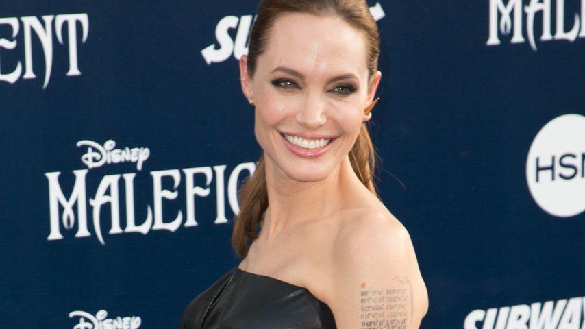 """Maleficent"": Angelina Jolie stürmt Kino-Charts"