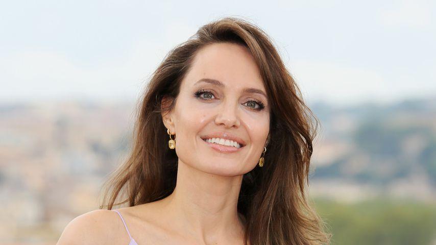 Sexy wie eh und je: Angelina Jolie feiert 45. Geburtstag!